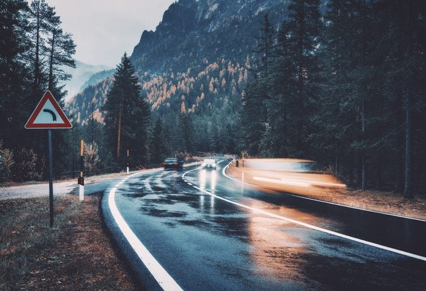 ¿Sabes cuándo puedes superar el límite de velocidad?