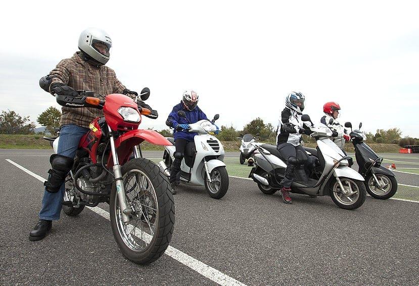 Conducción segura de moto