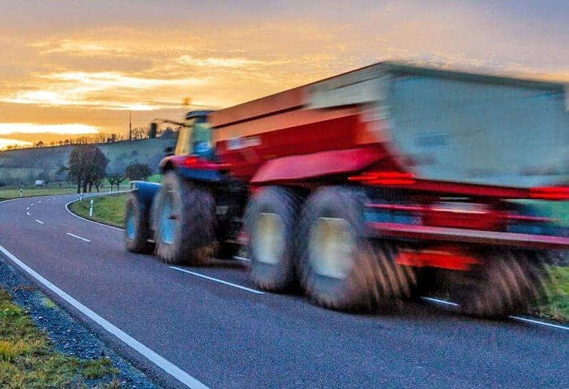 Los tractores agrícolas vencen a los camiones